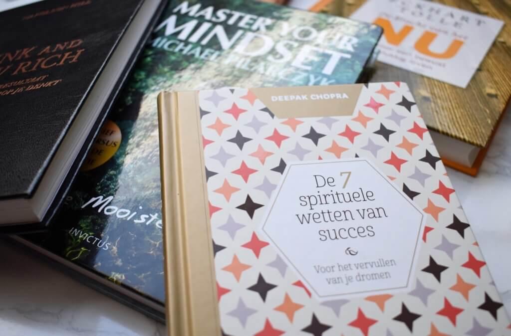 inspirerende boeken die je dichter bij jezelf brengen