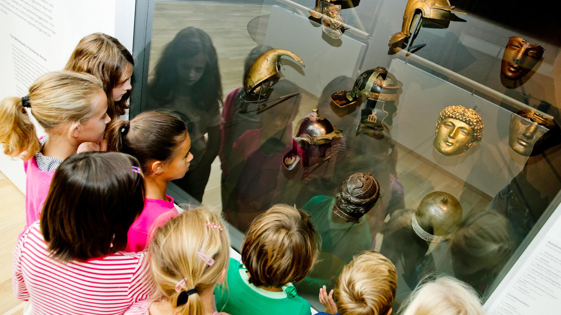 leuke uitjes in de meivakantie romeinen in het Rijksmuseum van Oudheden