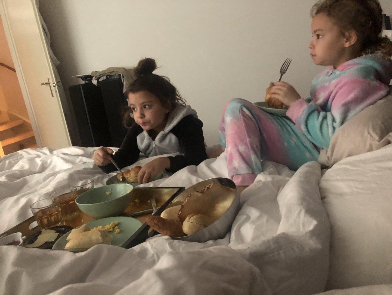 kies eruit en ontbijt op bed